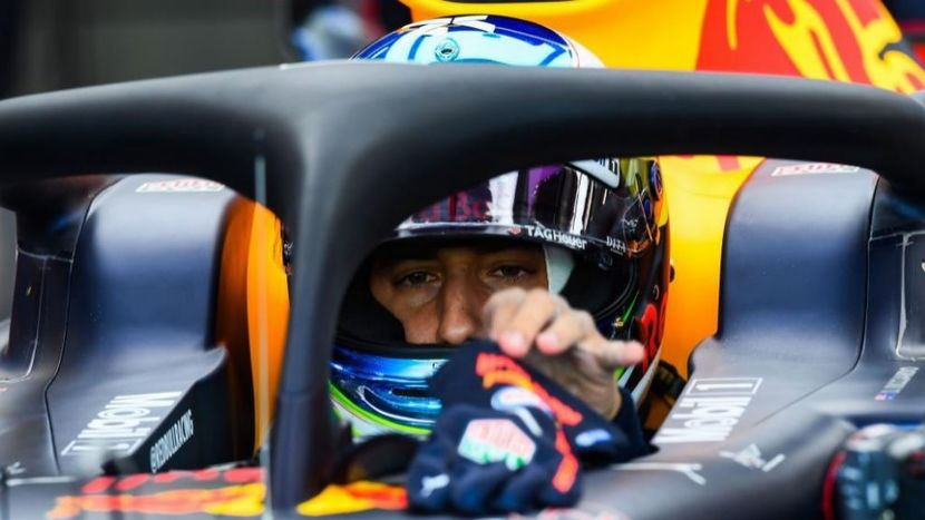 Ricciardo in the cockpit of the Red Bull