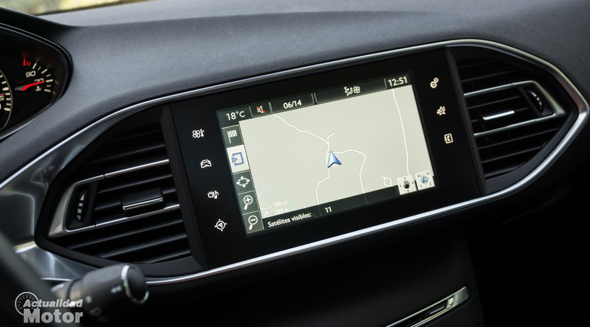 Peugeot 308 infotainment screen
